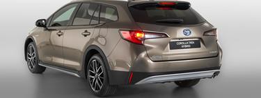 Toyota Corolla TREK: la versión campera del compacto híbrido llega al mercado español, desde 24.750 euros