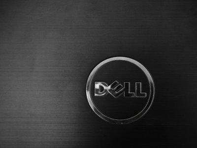 Dell quiere que en Linux también se pueda actualizar el firmware desde el sistema operativo