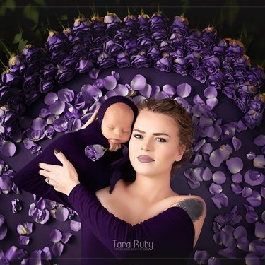 La emotiva fotografía de una madre con fibrosis quística, a quien le habían dicho que no podría tener hijos