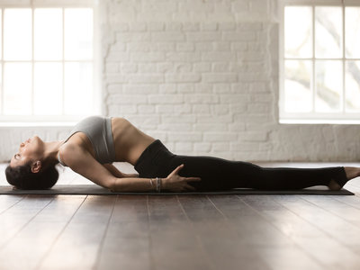 Matsyasana o la postura del pez de Yoga: cómo hacer esta postura de forma correcta