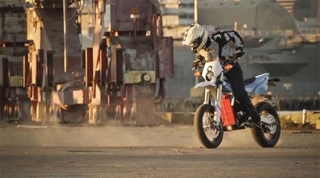 Es que las motos eléctricas son aburridas, pregúntale a Ryan Moore