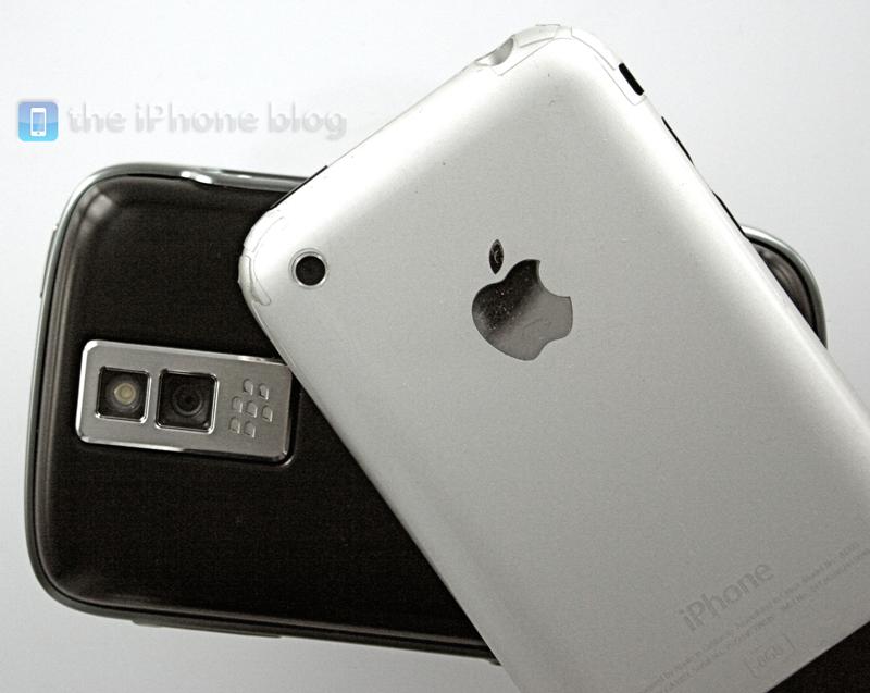 Foto de BlackBerry Bold vs iPhone (7/17)