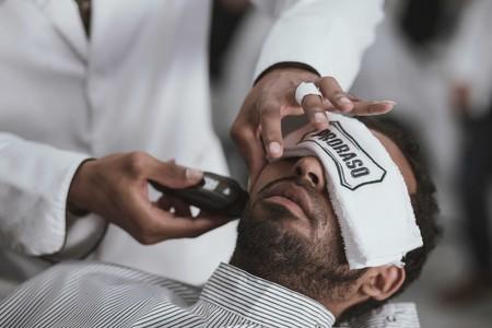 Gillette y su nueva máquina de afeitar con calefacción imita el calor de las toallas calientes