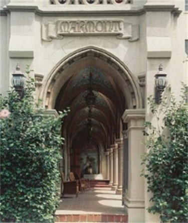 Los retiros espirituales de los famosos... ¡Chateau Marmont abre sus puertas!