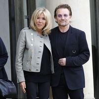 Brigitte Macron se reúne con Bono de U2 y demuestra que su estilo es impecable