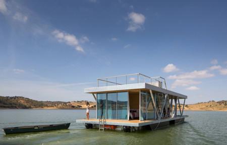 Friday, la casa flotante autosustentable que muchos quisiéramos