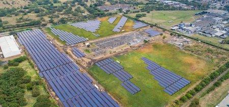 Entra en operación la primera granja de energía solar de Colombia