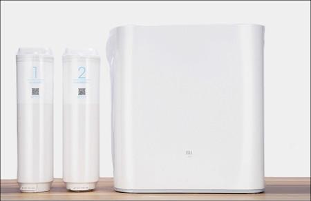 Este purificador de agua de Xiaomi se controla con el móvil y limpia y depura el agua de consumo en casa