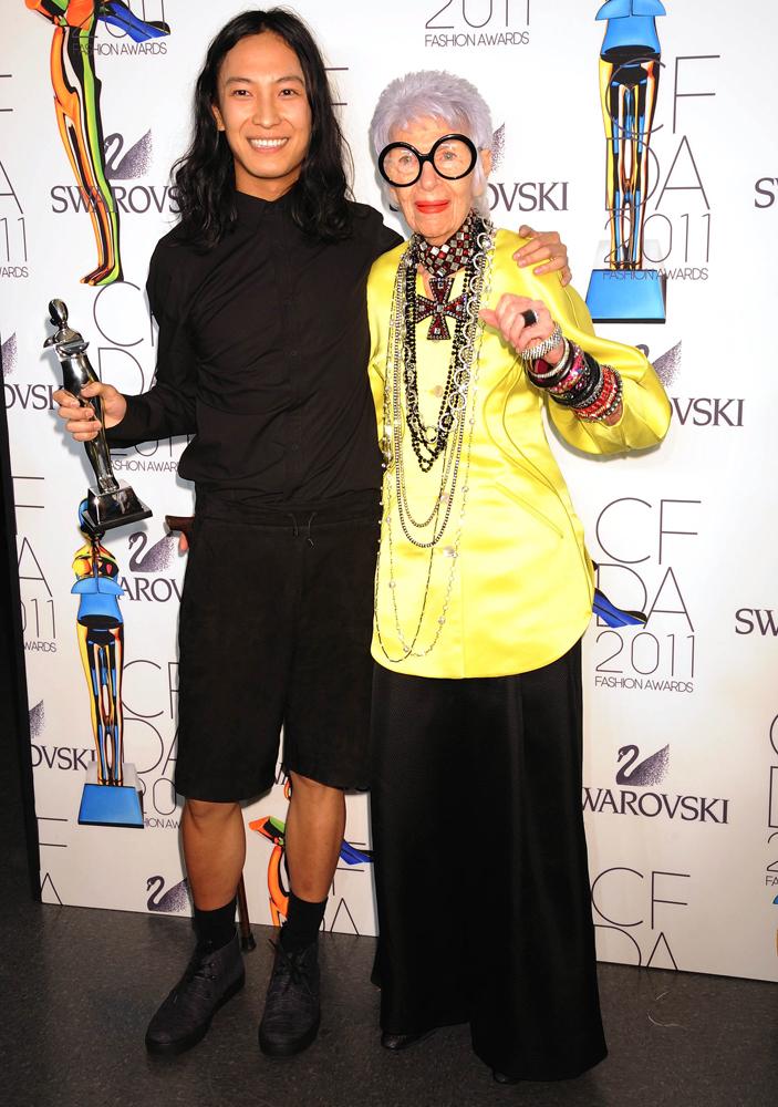 Foto de Todos los premiados y los asistentes a la gala de los CFDA 2011 (32/41)