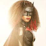 """""""Me levanto negra y me acuesto negra. Para mí esto no es nuevo: es nuevo para el mundo que represento"""". Javicia Leslie ('Batwoman')"""