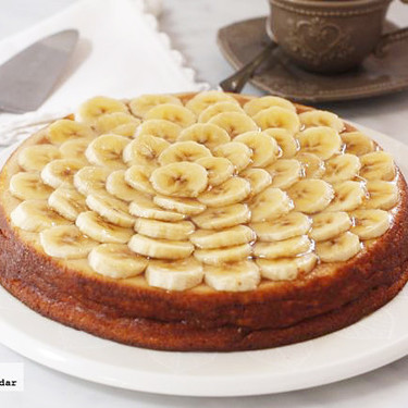 Tarta de plátano y requesón, receta para aprovechar fruta madura
