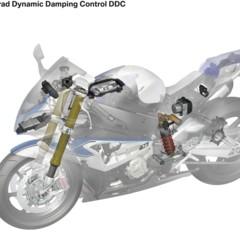 Foto 34 de 155 de la galería bmw-hp4-nueva-mega-galeria-y-video-en-accion-en-jerez en Motorpasion Moto