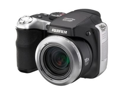 Fujifilm FinePix S8000fd, con zoom 18x
