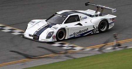 Ford consigue el récord de velocidad en Daytona