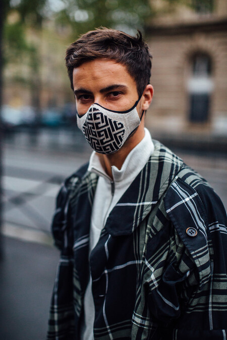 Givenchy Mask Street Style 02