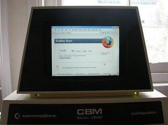 Un PC integrado en un Commodore PET