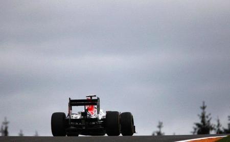 GP de Bélgica F1 2011: los dos pilotos de HRT terminan solo por delante de Michael Schumacher