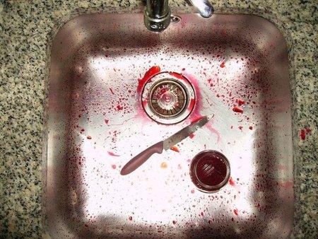Cómo quitar las marcas de gotas de agua del fregadero de metal