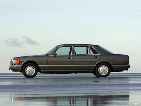 Mercedes W126 1985 3d