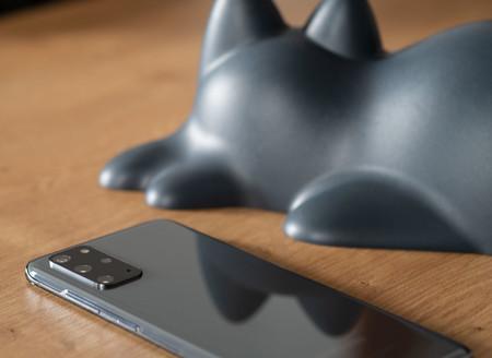 Samsung Galaxy S20plus 01 Trasera 02