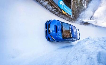 Mira cómo Mark Higgins y su Subaru WRX STI hacen del automovilismo un deporte olímpico (o casi)