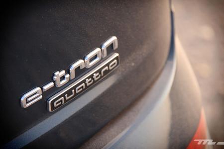 Audi Q7 e-tron logotipo