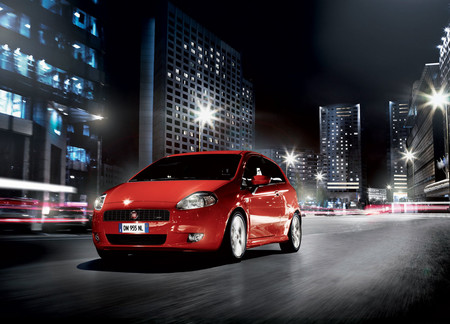 Fiat Grande Punto 2008 1600 02