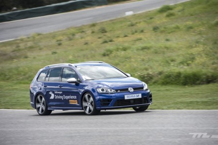 Volkswagen Driving Experience Escuela R 030