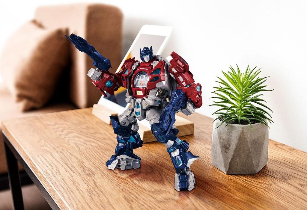 Un Casio G-Shock edición Transformers para llevar siempre contigo un Matrix of Leadership