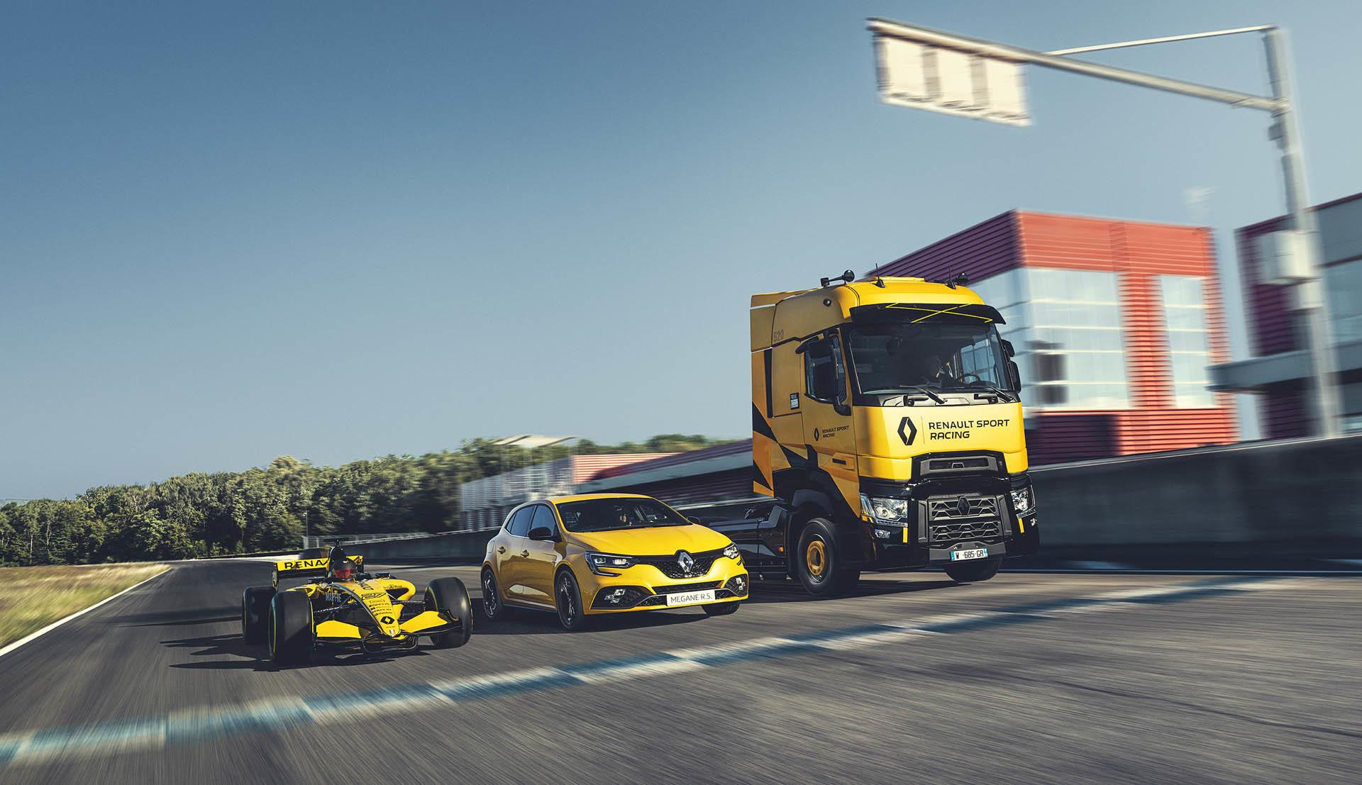Foto de Renault T High RS Racing Edition (3/14)