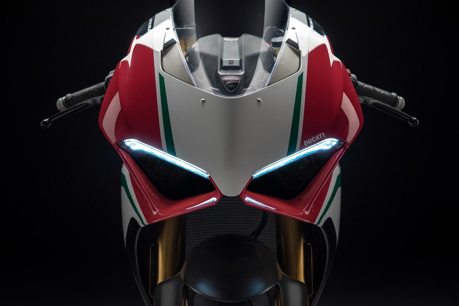 Foto de Ducati Panigale V4 2018 (48/52)