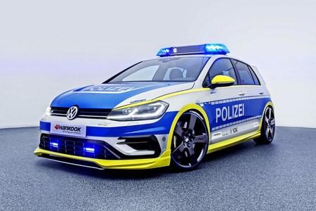 ¡Temible! Con 400 CV y 500 Nm de par, este Golf R de policía es lo que necesitan en 'Alerta Cobra'