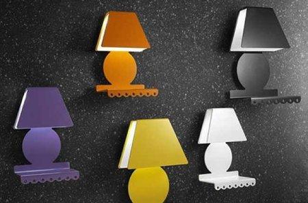 Lámparas de pared con estante incorporado