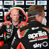 No solo es Andrea Dovizioso: Aprilia vuelve a negociar con Bradley Smith para recuperar la ilusión en MotoGP