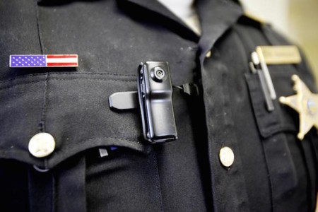 Las cámaras personales son ahora parte del equipamiento de la policía de los Estados Unidos