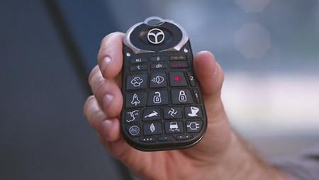 Botones, mandos y lucecitas de tu coche que necesitan una piedra rosetta para entenderlos