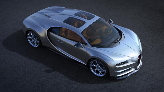 El Bugatti Chiron estrena techo panorámico, porque un hiperdeportivo casi perfecto puede mejorar