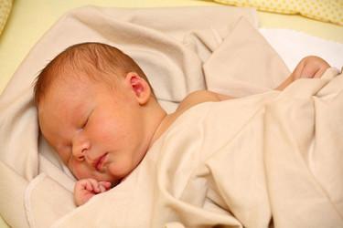 Recomiendan una prueba auditiva a todos los recién nacidos