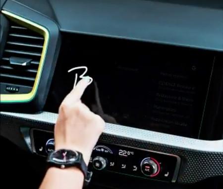 El nuevo Audi A1 ya empieza a desnudarse y lo hace desde el interior