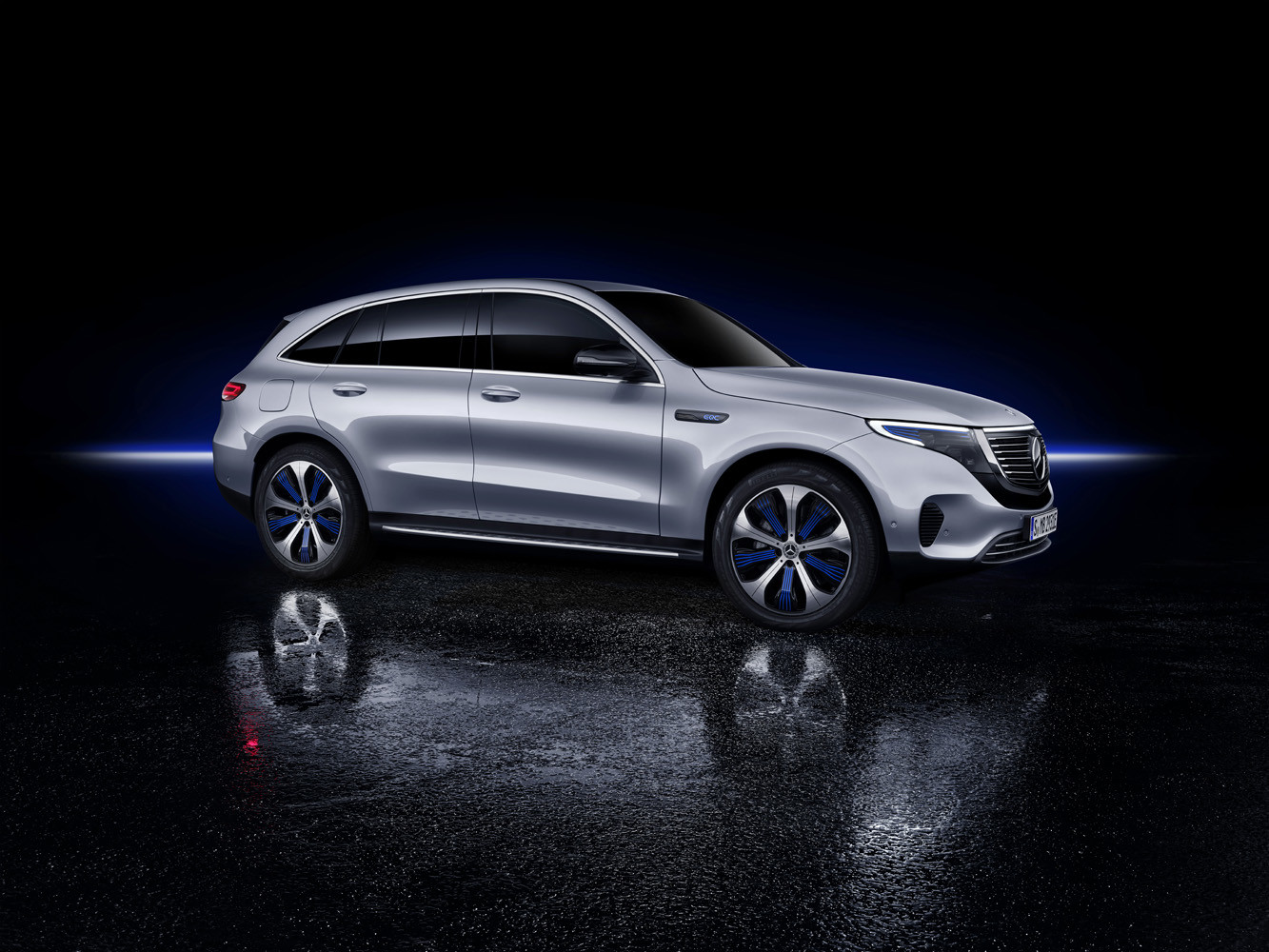 Foto de Mercedes-Benz EQC 2019 (42/74)