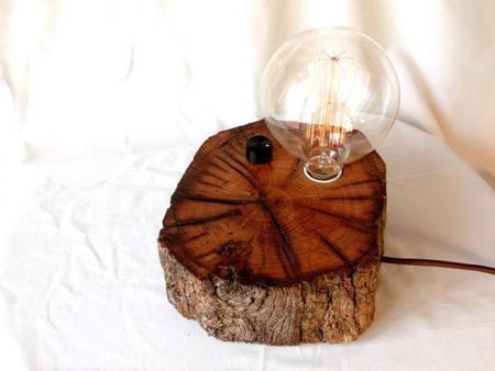 BRZ wood Design, lámparas hechas en El Bierzo con madera reciclada