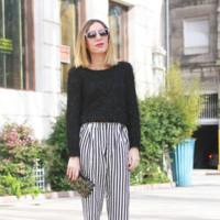 Tendencias de las que acabarás harta: los pantalones de rayas