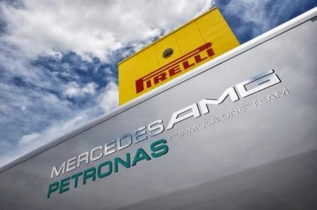 El Pirelligate termina con un tirón de orejas a Mercedes AMG