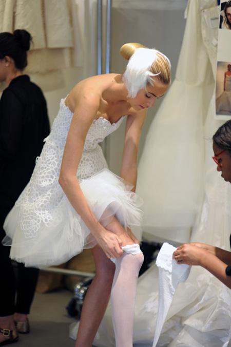 Oscar de la Renta colección novias 2013: atrevimiento sofisticado