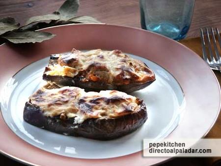Receta de berenjenas rellenas con salsa de queso