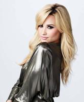 Demi Lovato dará el cante y tendrá novia en 'Glee'