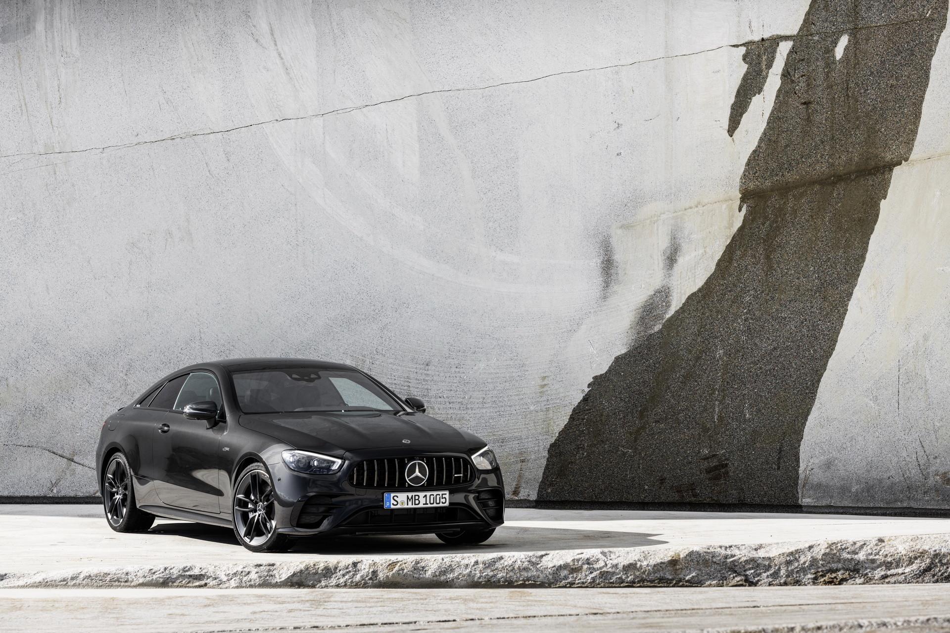 Foto de Mercedes-AMG E 53 Coupé 2021 (16/35)