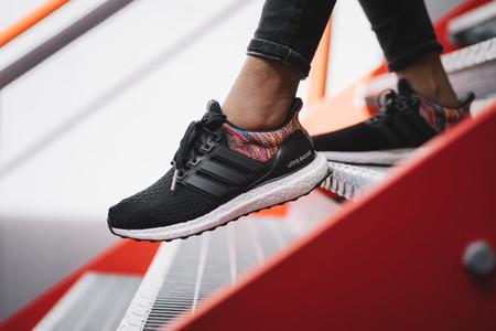 Si vas a comprar unas zapatillas de running, coge medio número más
