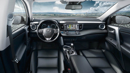 Toyota añadirá finalmente soporte a Android Auto, según Bloomberg