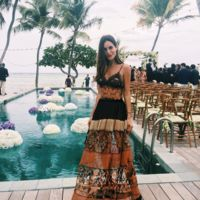 Alberta Ferretti firma el vestido favorito de las bloggers (y las bate en duelo)